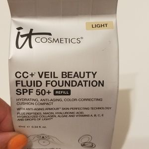 IT Cosmetics CC + Veil Beauty fluid foundation  sp